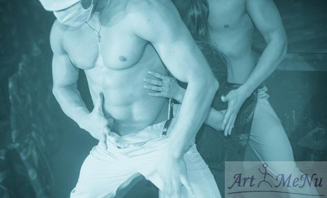zhenskie-eroticheskie-fantazii-striptiz